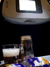 機内食ビール.jpg